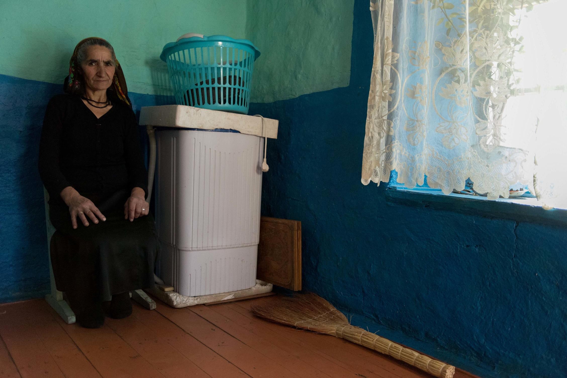Oroudjeva Minaïa, 76 ans, 5 enfants, femme de ménage