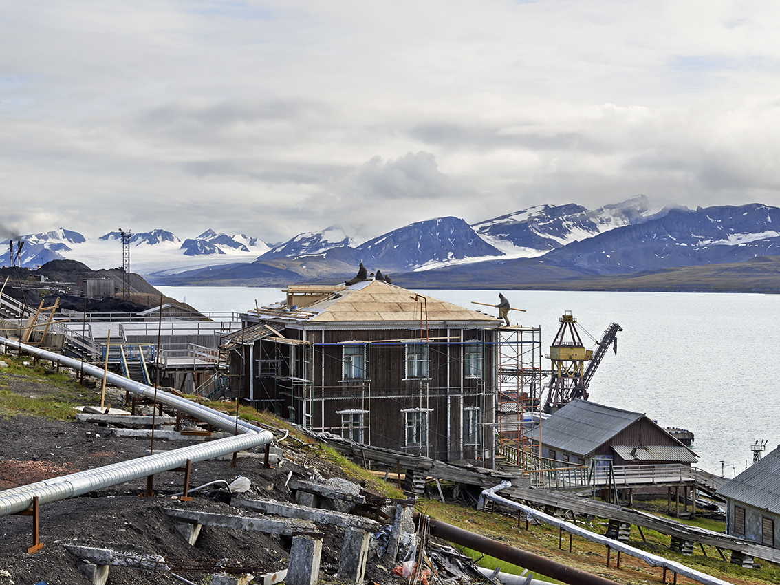 Un tiers des bâtiments de Barentsbourg sont en cours de rénovation.