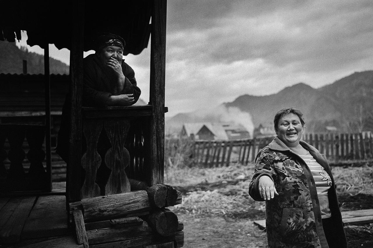 """""""Citoyennes de la Fédération de Russie"""", Anos, Altaï, 2015"""