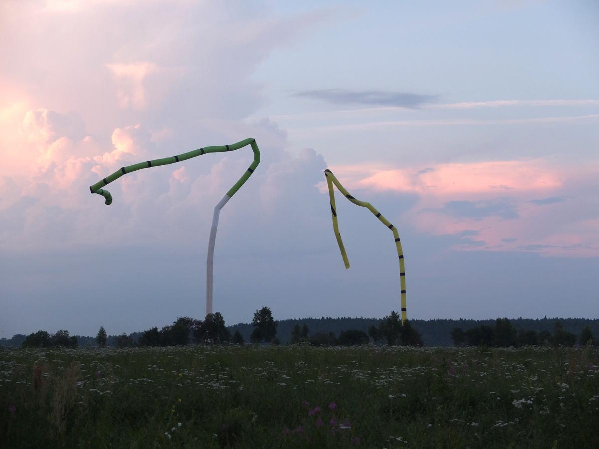 """""""Zvizzhi"""", Xavier Juillot. """"Une écriture de vent faite de pulsions et dédié à l'agriculture céleste."""""""